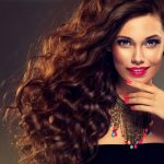 Predĺžovanie vlasov je nové módne vyhlásenie